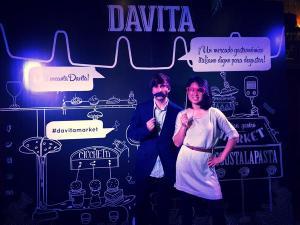 Evento en la Inauguración del Restaurante Davita Market