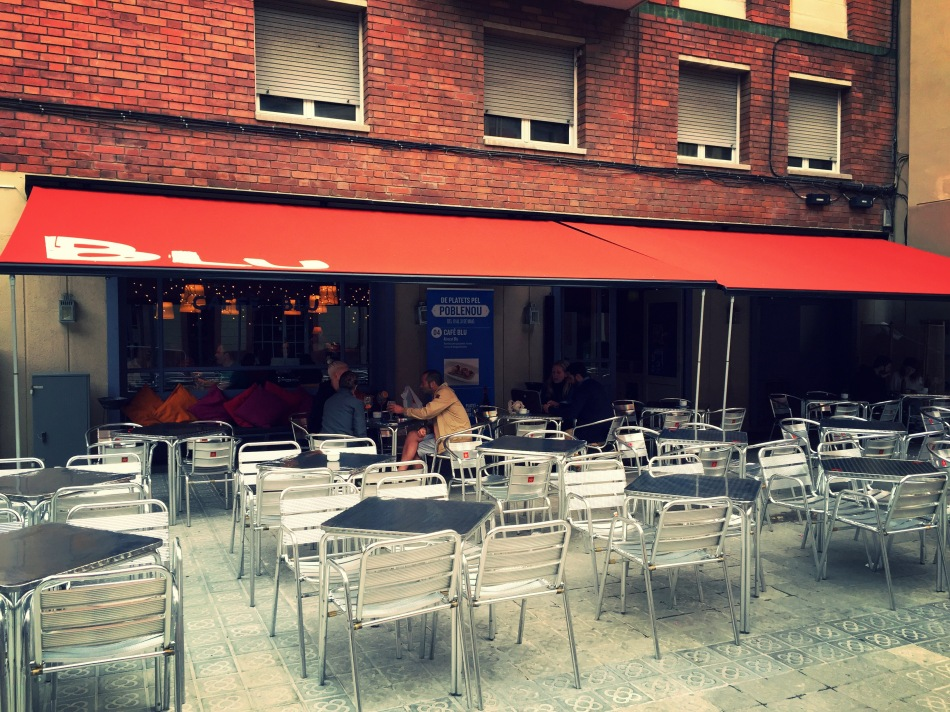 cafe blu de platets pel poblenou ruta gastronomica