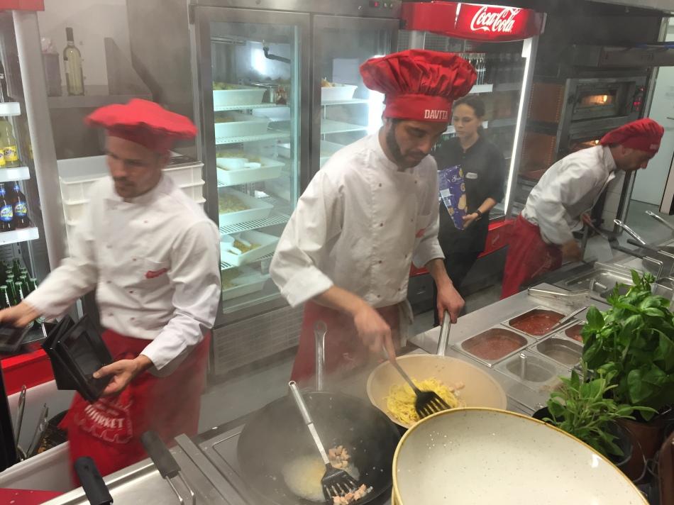 Davita Market Cocineros
