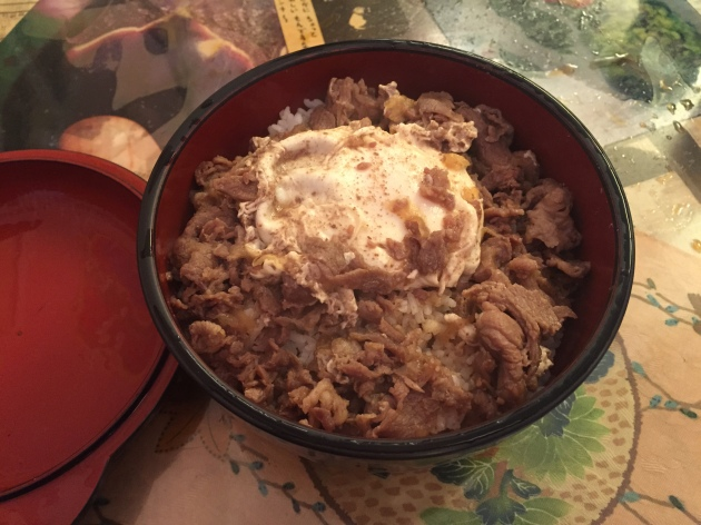 restaurante japones mikasa gyudon