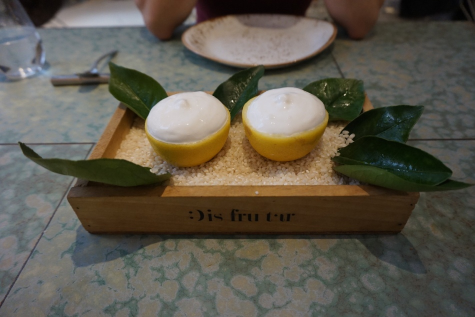 disfrutar restaurante limon relleno postres
