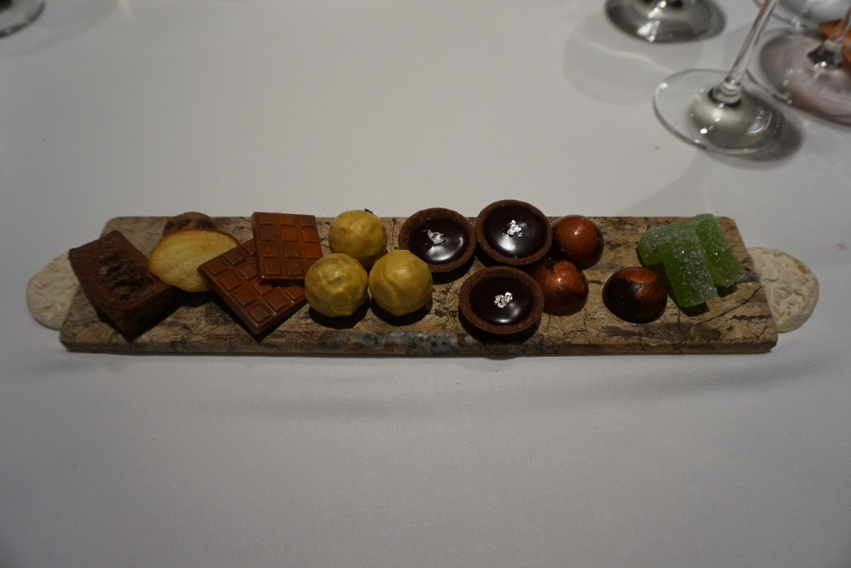 el celler de can roca 2016 petit fours