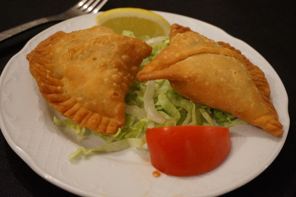 vegetables samosa sitar restaurante