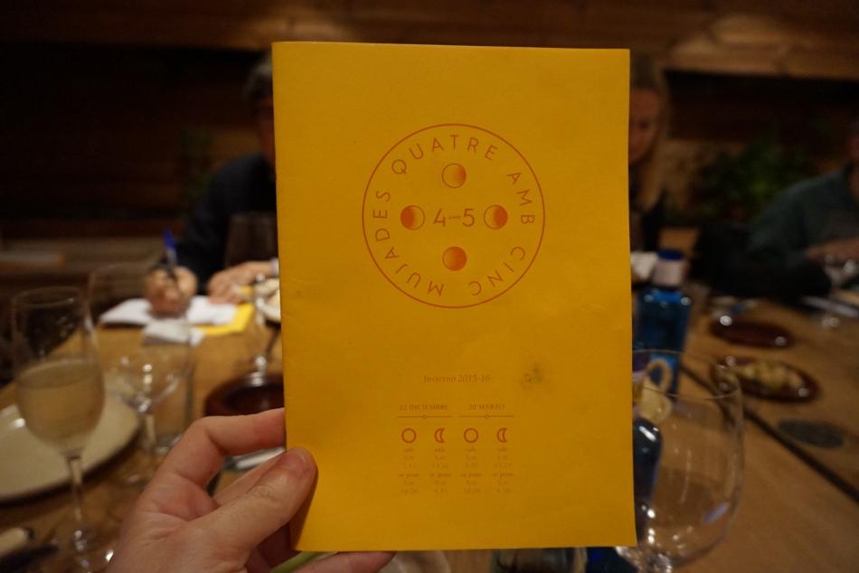 carta y platos del 4 amb 5 Mujades