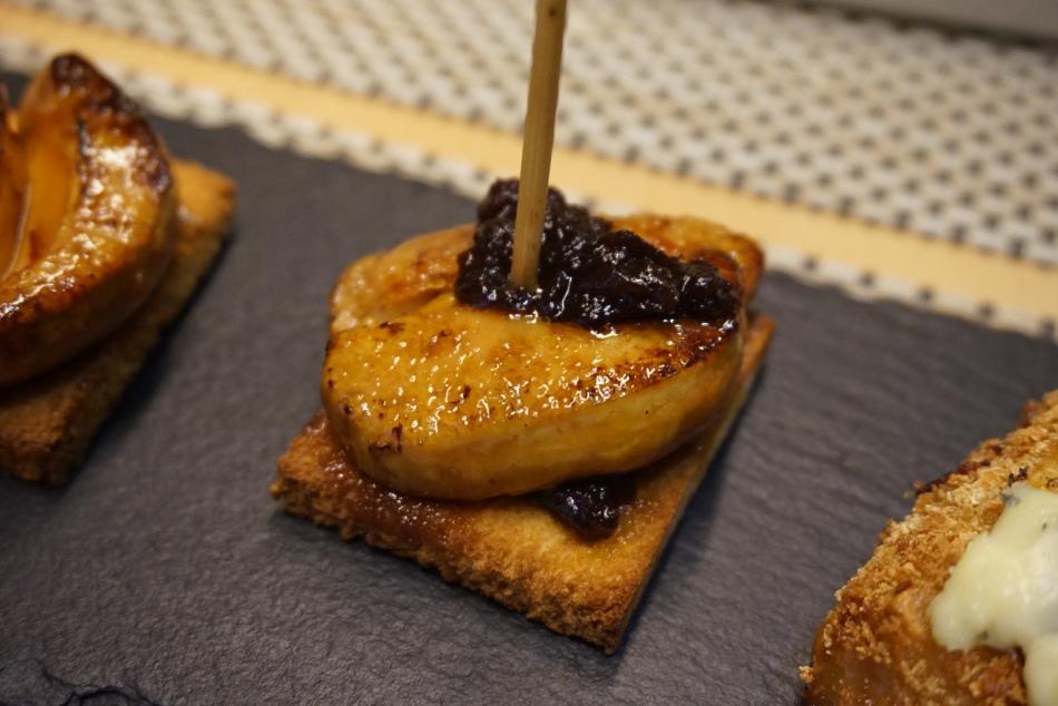 teleferic restaurant barcelona Foie caramelizado con mermelada de cereza.