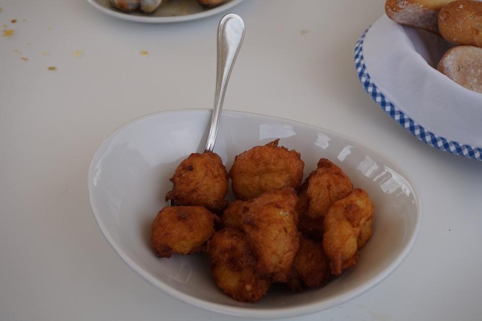 buñuelos de bacalao la cucanya restaurant