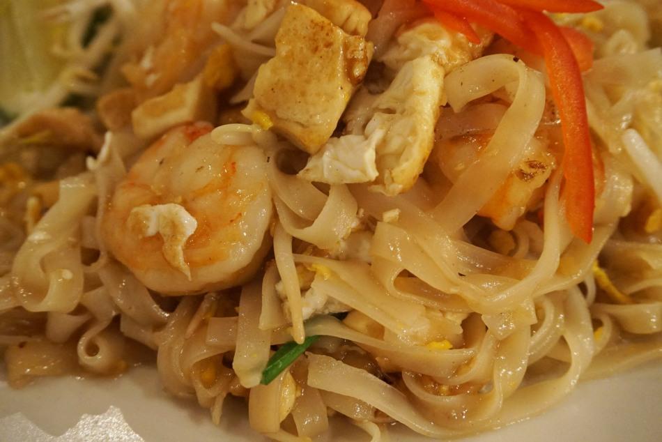 lamün cuina thai Phad Thai Kung Sod