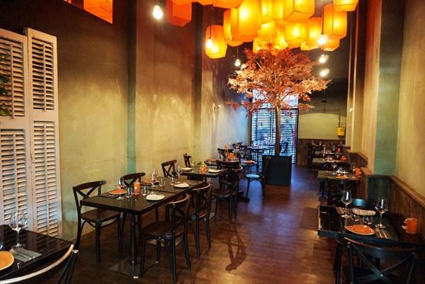 nomm restaurant