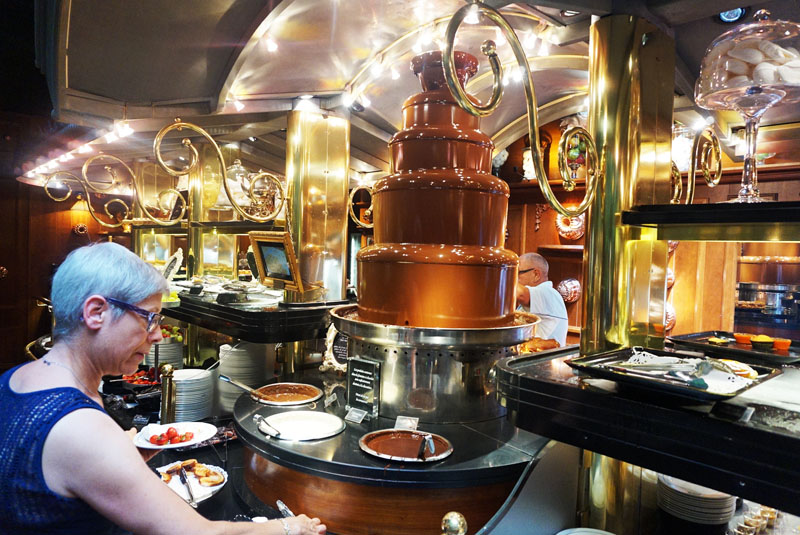 les grands buffets chocolate