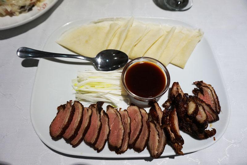 L'olla de Sichuan pato beijing