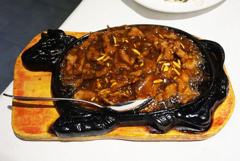 L'olla de Sichuan Tie han niu rou